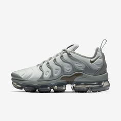 b2cd18290af72 Nike VaporMax Plus Women s Shoe Nike Air Vapormax