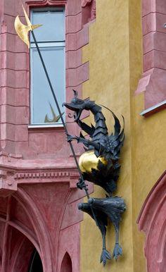 A dragon in Łódź, Poland © Andrzej Smolinski