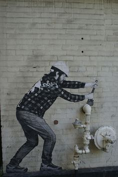 What fun graffiti Liu Hong Toronto: Plumber Street Art Street Art Banksy, 3d Street Art, Banksy Art, Graffiti Artwork, Amazing Street Art, Art Mural, Street Artists, Urbane Kunst, Sidewalk Art