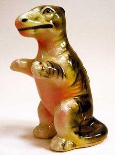 vintage kitschy -ceramic dinosaur