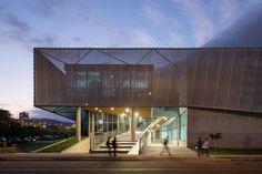 Galería - Edificio Departamento de Física / Marsino Arquitectos Asociados - 4