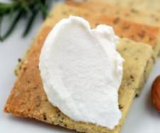 Recipe Goats Cheese by rockfish, learn to make this recipe easily in your kitchen machine and discover other Thermomix recipes in Sauces, dips & spreads. Goat Milk Recipes, Goat Cheese Recipes, Real Food Recipes, Snack Recipes, Yummy Food, Dairy Recipes, Healthy Recipes, Charcuterie, Rockfish Recipes