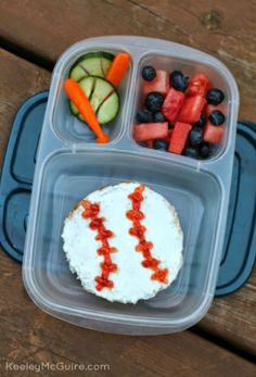 Keeley McGuire: Lunch Made Easy: How to Make a Baseball Theme Lunch