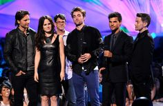 Twilight Cast attend VMA's.  Several members of the Twilight Saga cast represented the film at the MTV Video Music Awards Thursday evening and presented an exclusive first look at the final Twilight Saga: Breaking Dawn P2 trailer. Cast in attendance were: Robert Pattinson, Taylor Lautner, Elizabeth Reaser, Jackson Rathbone and Peter Fachinelli.