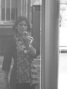 Saparis photos. Sur Saparis photos, je photographie, je saisis, j'attrape, je shoote, j'expose, je publie, je partage, je regarde… Selfie, Mirror, Places, Mirrors, Selfies