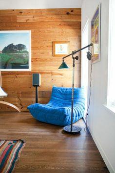 mur en bois avec peintures murales, mur en bois, peinture