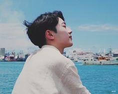 First Boyfriend, Guan Lin, Lai Guanlin, Black Aesthetic Wallpaper, Love Me Forever, Aesthetic Photo, No One Loves Me, Boyfriend Material, Korean Singer