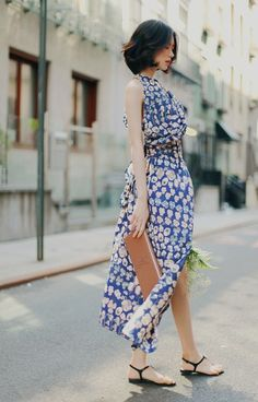 Lovely Dresses, Dresses For Work, Asian Fashion, Fashion Beauty, Yoon Sun Young, People Poses, Vietnamese Dress, Girl Short Hair, Girl Photos