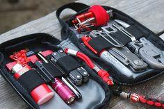 micro organizer EDC  - sample of an everyday carry bag