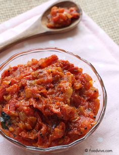 This South Indian style tomato chutney (thakkali thokku) takes taste buds on a sweet, spicy and tangy journey to heaven. This tomato thokku recipe uses onion which are sauteed in sesame oil. Veg Recipes Of India, Indian Veg Recipes, Gujarati Recipes, Ethnic Recipes, Spicy Recipes, Curry Recipes, Vegetable Recipes, Cooking Recipes, South Indian Food