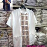 เสื้อผ้าไทยชายผ้าพื้นเมืองสีขาว เสื้อผ้าฝ้ายชายแต่งผ้าขลิบลายและปักเดินเส้นเชือก เสื้อผ้าพื้นเมืองชาย