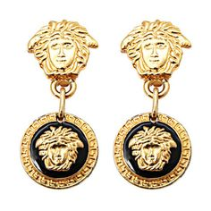 Preowned Gianni Versace Medusa Black/gold Earrings (€555) ❤ liked on Polyvore featuring jewelry, earrings, multiple, gold earrings, earring jewelry, gold jewelry, gold earrings jewelry and long gold earrings