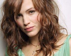 Jennifer Garner - good actress and great mother. Keeps it low key.