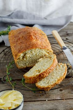 Cheese and herb Beer bread is the perfect side dish to a steaming pot of chili… Muffins, Herb Bread, Cheesy Recipes, Soda Bread, Artisan Bread, Quick Bread, Bread Baking, Baking Recipes, Bread Recipes