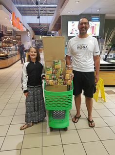500 packs of noodles purchased for the children. From the Netherlands to Cape Town! @CheckersSA 