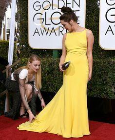 Sophie Turner & Maise Williams at Golden Globe Awards