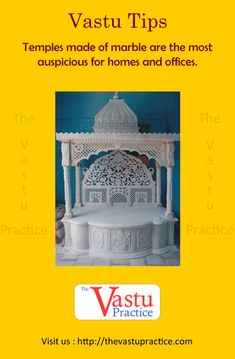 Vastu For Pooja Room- Vastu specifies that the best place for the pooja room is the north east of a house also called the Ishaan zone. Vastu Tips For Puja. Smart Home Design, Dream Home Design, Modern House Design, Indian House Plans, My House Plans, Temple Design For Home, Feng Shui And Vastu, Mandir Design, Indian Room