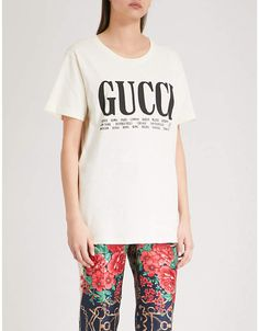 Gucci Logo-print cotton-jersey T-shirt Gucci Logo, Long A Line, Printed Cotton, Harry Styles, Crop Tops, T Shirt, Fashion, Athens, Supreme T Shirt