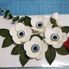 #종이 #종이감기 #종이감기공예 #종이감기꽃 #꽃 #만드는중 #작품 #취미 #미완성 #1mm띠지 #paper #quilling #paperquilling #flower #flowers #paperflower # #이것저것만드는중 #❤