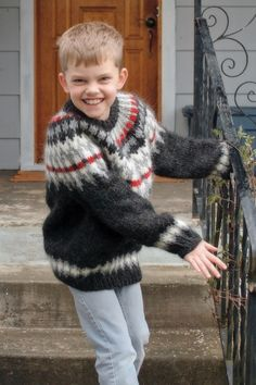 boys kids icelandic sweater, photo from wiredknitter knitting pattern, fuzzy fluffy childs childrens lopapeysa nordic Olaf, Icelandic Sweaters, Kids Boys, Pullover, Knitwear, Knitting Patterns, Men Sweater, Wool, Children