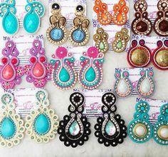 Fabric Jewelry, Diy Jewelry, Jewelry Box, Jewelery, Handmade Jewelry, Soutache Earrings, Women's Earrings, Earring Trends, Diy Accessories