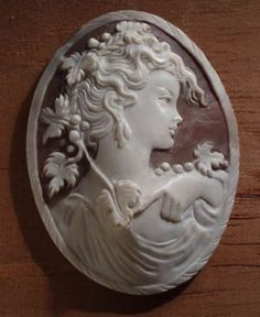 Classically the designs carved onto cameo stones were either scenes of Greek or Roman mythology or portraits of rulers or important dignitaries. Description from pinterest.com. I searched for this on bing.com/images