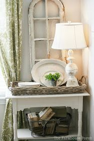 The Farmhouse Porch: Floofing a Nook...LOVE the old round window