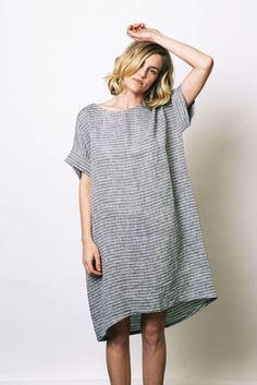 Fashion Tips Jeans Linen sack dress .Fashion Tips Jeans Linen sack dress Ropa Free People, Look Urban Chic, Cooler Look, Street Style, Linen Dresses, Sack Dresses, Mode Inspiration, Style Me, Ideias Fashion