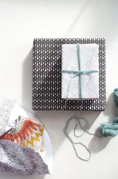 WRAPPING paper // knitting // www.g-uld.dk
