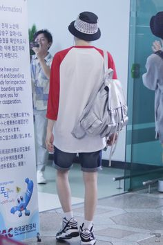 Suga airport fashion #SG