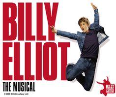 """Como anunciado no começo de 2013, a turnê do musical """" Billy Elliot"""" chegará ao Brasil em agosto para uma curta temporada de três semanas entre os dias 2 e 18 de agosto. O espetáculo vem ao país pelas mãos da T4F, em parceria com a Universal Stage Productions, a Working Title Films, Old Vic Productions, NETworks Presentations e LLC."""