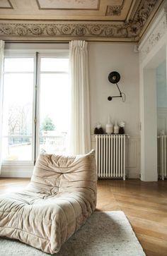 michel ducaroy dition vintage ligne roset canape trois places du mod le togo en forme de si ge. Black Bedroom Furniture Sets. Home Design Ideas