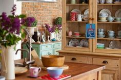 Interior designer Amber Clery's vintage style home | House and Home