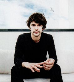 Ben Whishaw in Studio Ciné Live (June 2015) Source :sixsmithyouass