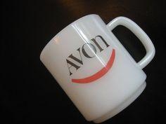 Monnaie Rare AVON Mug, tasse publicitaire donné à Avon Président Club Reps - verre de lait avec le numéro 22 sur bas - avec un sourire rouge sur le devant