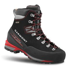 Garmont Men's Pinnacle GTX Boot ✅ FEATURES of the Garmont Men's Pinnacle GTX Boot Great semi-automatic crampon compatible boot with a one piece leather construction Extremely light insole - Winter Hiking Boots, Best Hiking Boots, Hiking Shoes, Sac Trekking, Trekking Outfit, Buy Shoes Online, Boots Online, Outfit Man, Mountaineering Boots