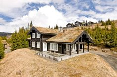 Cabins In The Woods, Cabin Fever, Real Estate, House Styles, Mountain, Type, Design, Home Decor, Ideas