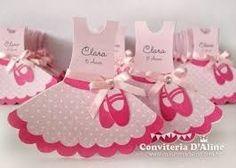 Resultado de imagen para molde vestido de bailarina Ballerina Birthday, Baby Birthday, Birthday Parties, Diy And Crafts, Crafts For Kids, Paper Crafts, Quotes Pink, Princess Party Favors, Barbie Party