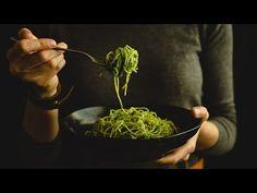 Pesto z medvedieho cesnaku Ethnic Recipes, Fitness, Youtube, Food, Essen, Meals, Youtubers, Yemek, Youtube Movies