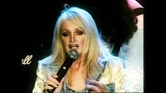 Bonnie Tyler  - Total eclipse of the heart (Live in Paris, La Cigale) - ...