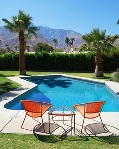 Palm-springs-pool-midcentury-remodeling-ideas-with-paneled-walls-polished-concrete-floor-6.jpg (792×990)