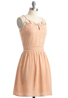 Peachy Pink Summer dress with interesting neckline detail. XS should sit just above the knee (5'). Same deal as the Spicey orange - 15 likes/repins get me to try this dress. $59