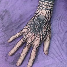 Search inspiration for a Blackwork tattoo. Dope Tattoos, Black Tattoos, Body Art Tattoos, Hand Tattoos, Small Tattoos, Tattoos For Guys, Tatoos, Real Tattoo, Dark Tattoo
