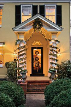 Decorations. Simple Home Entrance Decoration Come With Green ...