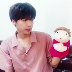I'M CRYING OMG!!!! Sewoon's Insta update with PONYO!!