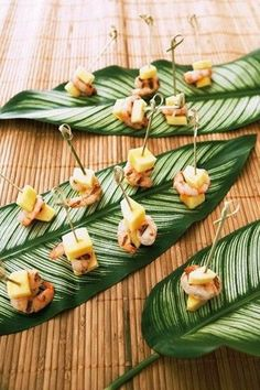 65 Delicious Tropical Wedding Food And Drink Ideas | HappyWedd.com