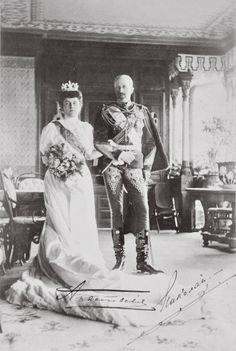 Wedding photograph of Grand Duke Nicholas Nikolaevich Romanov of Russia and Grand Duchess Anastasia Nikolaevna Romanova of Russia,Princess of Montenegro.A♥W