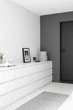'Minimal Interior Design Inspiration' is a biweekly showcase of some of the most perfectly minimal interior design examples that we've found around the web - Minimalism Interior, Interior, Home, Home Bedroom, Bedroom Interior, Interior Design Examples, House Interior, Bedroom Inspirations, Interior Design