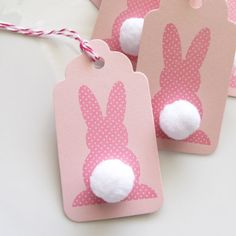 Easter Bunny Tags Set of 6 Easter Favor by FreshLemonBlossoms Idea para hacer con la cameo y los pompones blancos
