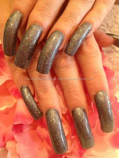Eye Candy Nails & Training - Charcoal and glitter polish by Elaine Moore on 18 August 2012 at Great Nails, Perfect Nails, Long Red Nails, Classy Acrylic Nails, Curved Nails, One Stroke Nails, Gel Nail Extensions, Nail Polish Hacks, Super Nails